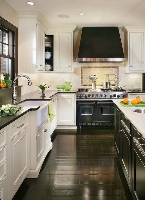 Kitchen Contrast {Something Decorated}